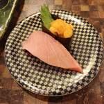 すし道場 - あいのり寿司 565円 うに、中とろ