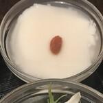 天津飯店 - 杏仁豆腐