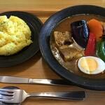 スープカレーハウスしっぽ - 料理写真:角煮カレー