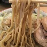 ラーメン豚山 - 麺リフト(2019.12.5)