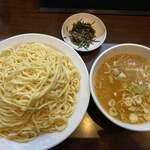 123096482 - 昌平の自家製麺、もちもちでツルツル。美味いわ〜!                                              今年の1月6日に行ったときのお写真…あつもりです。                                              大盛りです。冬はあつもり 最高やな〜