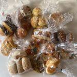 ブレッドボックス - 料理写真:購入したパン(2050円分)