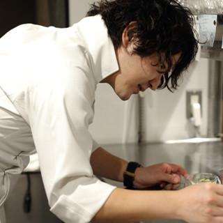 革新的で多彩な味わいの数々。閃きと確かな腕を持つ宇野友康氏。