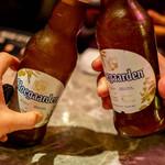 CONA - ホワイトビールで乾杯
