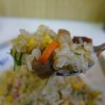 名代ラーメン亭 - これが博多ん焼き飯たいね。