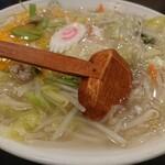 天龍 - ・天竜ちゃんぽん 880円(税込)