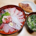 味処あさみ - 海鮮丼❗