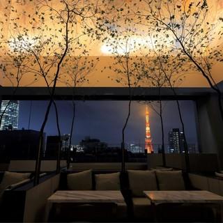 【テラス席確約プラン】東京タワーを望む開放的なバルコニー
