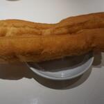 謝甜記 - トッピングの揚げパン(正式名称失念)