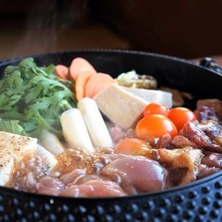 【1人前980円】名古屋風鶏すき焼き&スープが決め手の絶品鍋