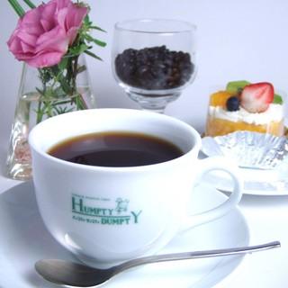 ハンプティ・ダンプティ - ドリンク写真:コーヒー