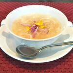 四川飯店 - 中華スープ