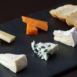 いろいろチーズの盛り合わせ 4種