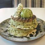 カフェ アリエッティ - 京のパンケーキ(濃厚抹茶パンケーキ)抹茶ソースまたは黒蜜ソース