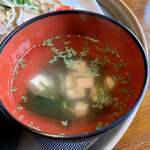 Jozen - スープ(お吸い物?)美味しいけど、温い。