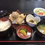 阿蘇 丸福 - から揚げ定食¥820