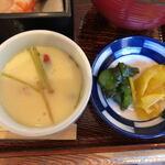 五郎田 - 茶碗蒸し、漬物