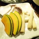 炭火焼肉・にくなべ屋 びいどろ - 野菜