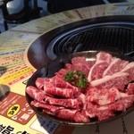 mannoya Beef Garden amemura - 油で炎が燃え盛り火祭りにw