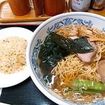 古寿茂 - 東京ラーメンと半炒飯 全景