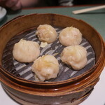 上海豫園 - 料理写真:ふかひれ小籠包