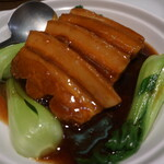 上海豫園 - 料理写真:豚バラ煮込み