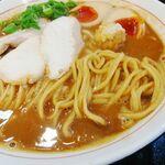 123221488 - 裏メニュー 鶏白湯ブラウン 麺UP