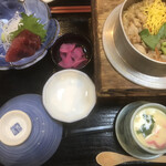 とりよし - 料理写真:ランチ とり釜飯定食