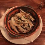 厨房酒場 カモメセラー - 炙ったスモウクト・オイル・サーヂン。