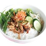 焼肉のせ汁なし麺 ブン・ティット・ヌン