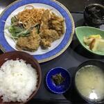 風林火山 - レギュラーメニューの唐揚げランチ600円(税込)