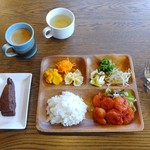 Green cafe ACB - ランチプレートエビチリ