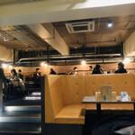 シブヤ ボウリング カフェ -