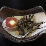 なか家 - 料理写真:柿にチーズ