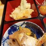 魚勝 - 揚げ、煮もの
