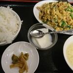 123262413 - 豚ニラ玉定食