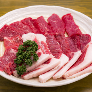 くさみが無く旨味深い羊肉を焼肉で◎いろんな部位を楽しめます!