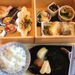 Ribaritoritogaraku - 朝食セット
