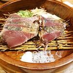 四国郷土活性化 藁家88 - 藁焼き鰹の塩たたき