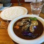 カレーリーフ - 牡蠣と野菜のカリー1280円スリランカ風
