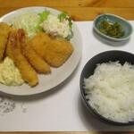 Isaribi - フライ盛り合わせ(サラダ付き)780円(以下 税別)と、ごはん 200円。     2020.01.09