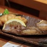 寿し膳かのこ - カマ焼き:アラ(クエ)のカマ,ちょうどよい塩加減,酒がすすむ・・・