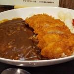 カレーショップ エチゴヤ - かつカレー920円