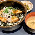 ナナズキッチン - 料理写真:柚子香るブリ照り丼990円