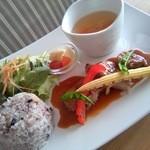 カフェ パーチ - 4/2☆週変わりメニュー 豚スネ肉デミグラスソース・コロコロ野菜のコンソメスープ・ゆずゼリー