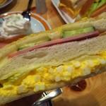 コメダ珈琲店 - タマゴのフィリングが美味しいー
