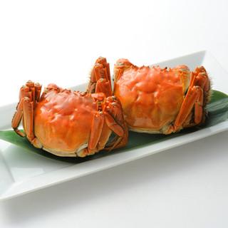 上海蟹をコースやお料理でも堪能できる