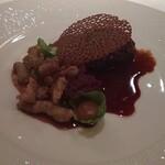 123313024 - 肉料理 牛頰肉のブレゼ