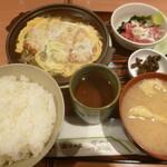 玉乃光酒蔵 - '20/01/11 かつ玉煮・中落ちセット(税込720円)