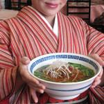 点心楼 台北 - 台湾ラーメン680円。醤油ベースのピリ辛スープです。ランチタイムには麺類の他に、各種定食も頂けます。